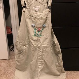 Beige overalls with flowers